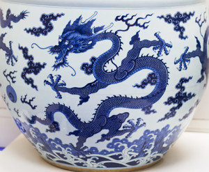 chinese-dragon-porcelain-PEMCOllection