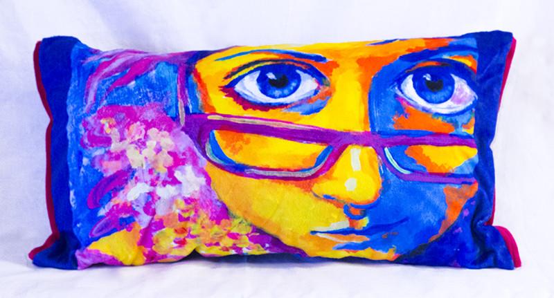 Cutieface pillow, 12x20, purple