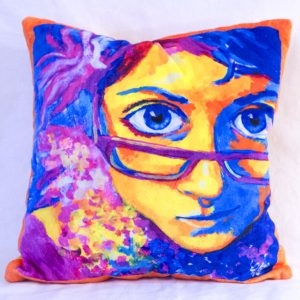Cutieface pillow16in orange border, yellow back