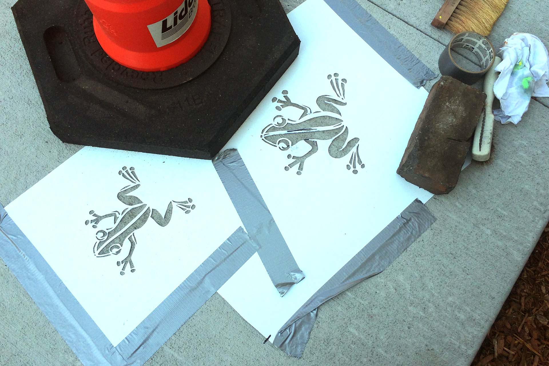 frogs-stencils